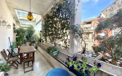 Quadrilocale con terrazzo in vendita piano alto zona Cenisio